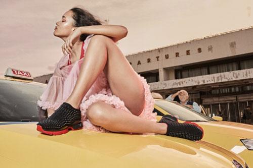 RUN LOUBI RUN——CHRISTIAN LOUBOUTIN正式推出第一款女士跑鞋